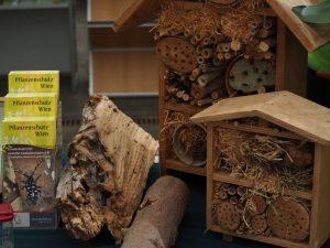 biologisch Schädlinge Nützlinge Insektenhotel