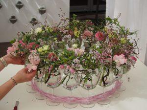 Floristik Blumen binden Gesteck Kranz Blüten Wettbewerb