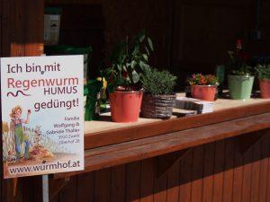 Regenwurm Humus Erde Pflanzenschutz biologisch Dünger